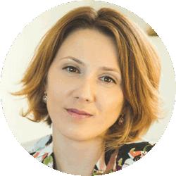 Юлия Акбашева<br>ПРОДЮСЕР АКАДЕМИИ